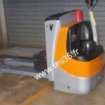 Transpalette électrique à conducteur accompagnant Still type EXU18